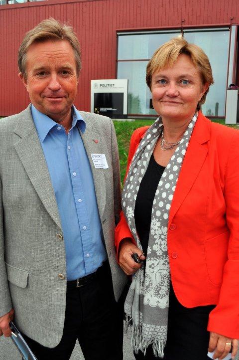 VALG: Tore Hagebakken er ikke klar for å påta seg fire nye år på Stortinget. Rigmor Aasrud ønsker å fortsette. Arkivbilde: Terje Nilsen