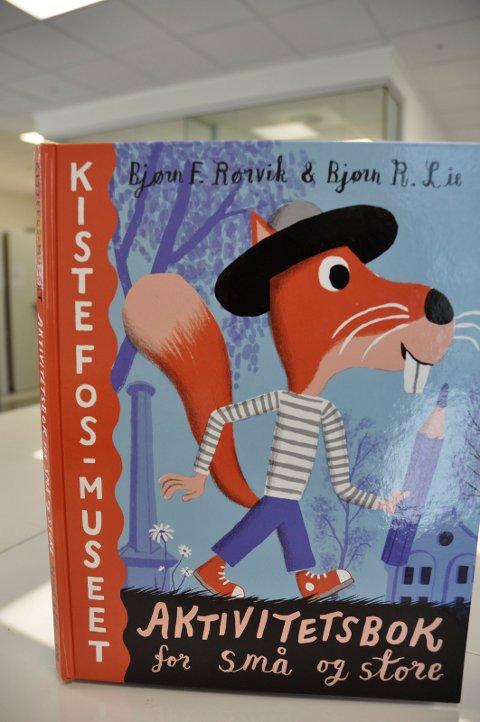Aktivitetsboken er både for små og store som besøker Kistefos-Museet.