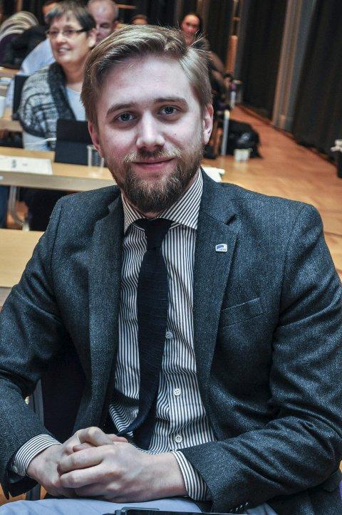SPURTE OM KRYSS: Lasse Lehre (H). FOTO: TERJE NILSEN