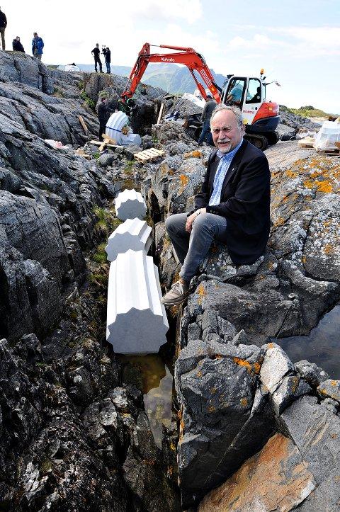 Ordfører Ove Silseth synes kunstverket som plasseres på Vevang er spennende.