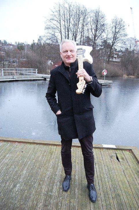 MULTIKUNSTNER: Per Erik Fjeld inviterer til forestilling i Kolben 8. februar med egne naturfotografier, akkompagnert av egenkomponert musikk. - Det ligger ett års arbeid bak prosjektet, sier oppegårdmannen.