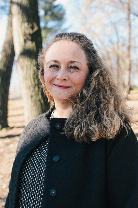 BARNA LIDER: Camilla Fossum Pettersen er bekymret for fedrene som nektes samvær, og barna deres. Denne uken lanseres boka hennes.