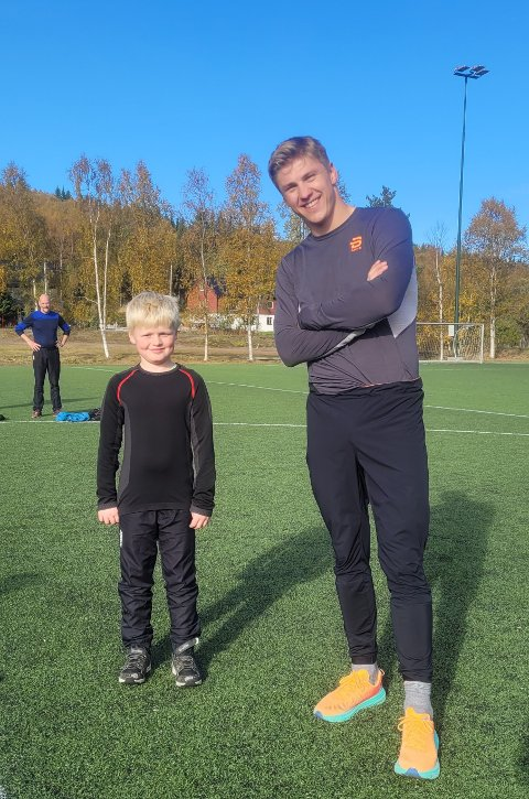 DUO: Odin V Bratland og verdensmester Erik Valnes.