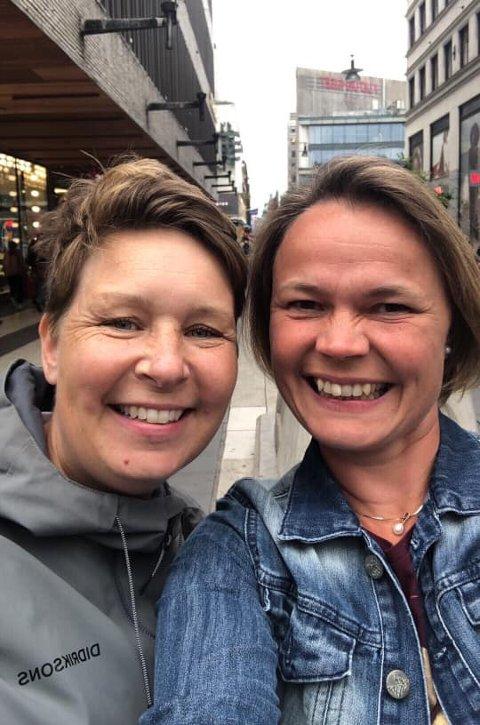 PÅ SNAPCHAT: Marit Korsvold og Marte Heier står bak Skolehelsetjenestens nye Snapchat-konto @1890. Allerede i løpet av et par dager fikk de over 100 følgere.
