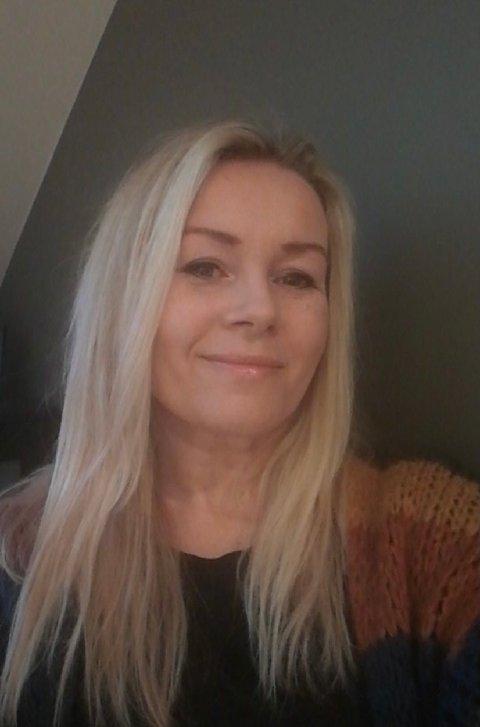 Ann Kristin Nilsen skulle egentlig bare være i Svelvik i noen dager. Her bor hun fortsatt.