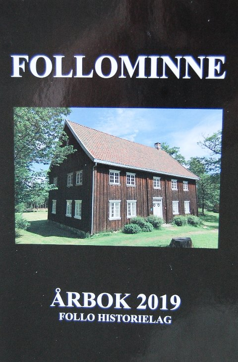 BØRSUMBYGNINGEN: Bygningen, som er et kjennemerke for Follo Museum, pryder forsiden på årets Follominne.
