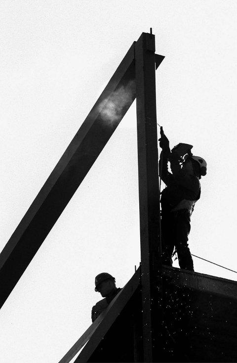 Ledige jobber: Spesielt innen bygg og anlegg ble det lyst ut mange ledge stillinger i maimåned.foto: jarl morten andersen