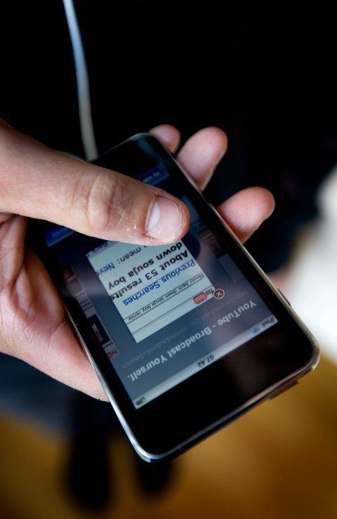 En 14 år gammel gutt fra Stavanger har mottatt en epost fra det amerikanske IT-selskapet Kromtech hvor selskapet beskylder ham for bakvaskelse og ærekrenkelse etter at han kritiserte selskapet på sin Youtube-kanal. Foto: Gorm Kallestad / NTB SCANPIX