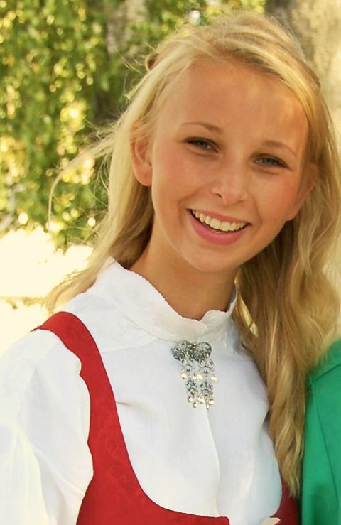 UENIG: Marte Wiger (17) er uenig i at det alltid er hasj på hjemmefester, men bekrefter samtidig at det hender det er det. FOTO: privat.