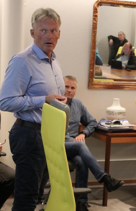 LITE OVERSKUDD: Rådmann Bernhard Nilsen kan legge frem tall som viser at god nasjonal skatteinngang er det som gjør at Flekkefjord kommune trolig kan gå med et lite overskudd i 2019.
