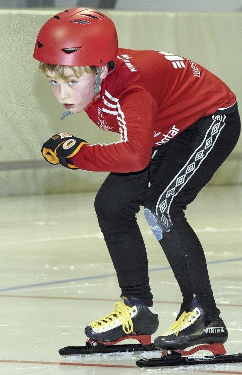 Karsten Bjerkand Olsen er ivrig skøyteløper i Braatt.