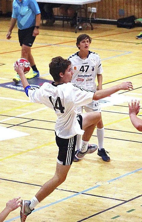 Håndballtalent: Yannik Krøgerrecklenfort (15) fra Holmestrand er et talent. Som sju-åring begynte han å spille håndball i HIF. Nå venter det tyske G16-landslaget. Foto: Privat