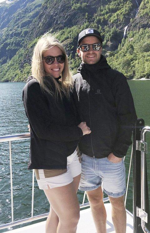 Sjur Røthe og Siv Emilie Løvvold venter sitt første barn om knappe to uker. Men begge håper gutten har roen og venter til far kommer seg hjem fra VM. Termin er 7. mars, samme dag som VM avsluttes.
