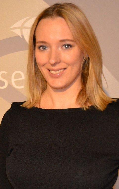 Nina Pauline Sjølie Lauritzsen vil beholde Hole blått.
