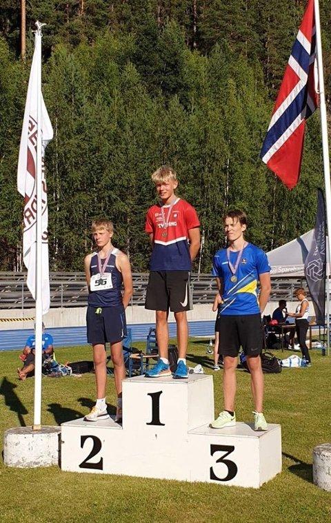 Sølv i Ungdoms NM i mangekamp til Simen Johan