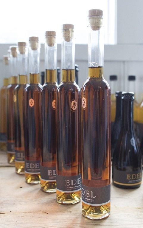 PRISVINNER: Eplesideren Edel har allerede rukket å vinne en nasjonal pris for sitt produkt i 2018. Dette er ett av produktene som bidrar til siderveksten på Vinmonopolet.ARKIVFOTO: EMIL WEATHERHEAD BREISTEIN