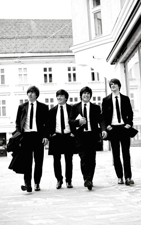 FAKKELBÆRERE: Slovenske Help! - A Beatles Tribute besøker Beitostølen og Beatlesfestivalen for første gang til helga.