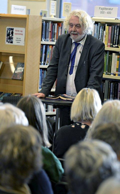 Edvard Hoem samlet fullt hus på biblioteket to ganger under Operafestukene i februar. (Foto: Eilif Odde)