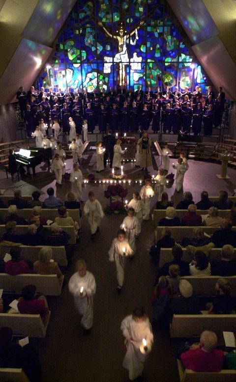 STEMNING: «Vi synger julen inn» i Jeløy kirke er en tradisjonsrik julekonsert.