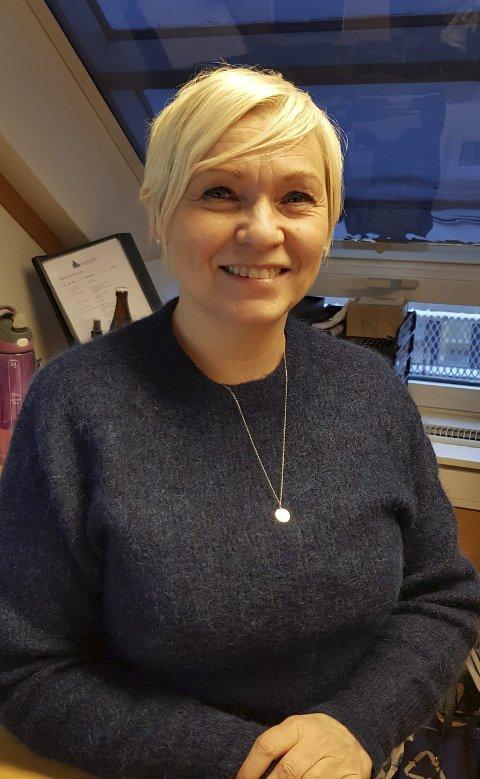 GLEDELIG:  -  Vi har flere påmeldte til Barnas World Cup enn på mange år, sier Unni Forshaug nestleder i Narvik Slalåmklubb.