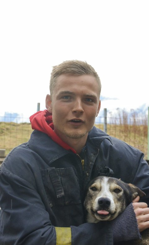 Hundekøyrar: Jostein Børve Hernes med alaskahusky.