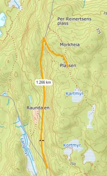 Avstanden fra der brøytingen stoppes til «Plassen» er rundt 1,3 kilometer. Illustrasjon fra saksdokumentene