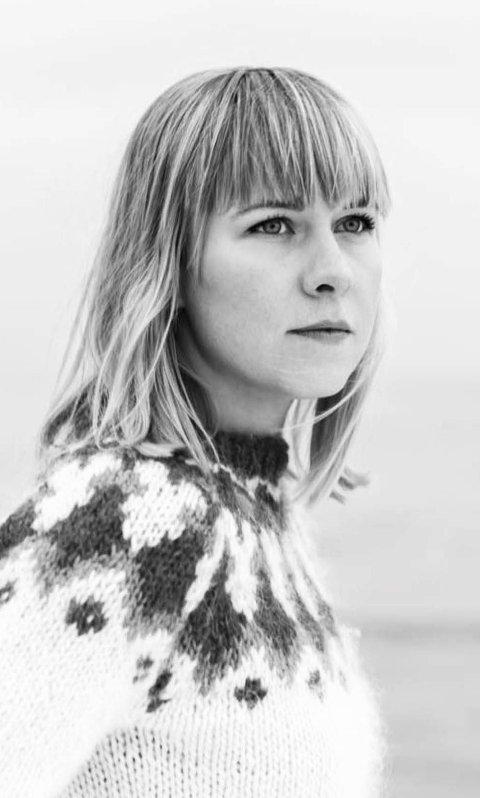 Miriam Vesterøy Kjølen Alder: 25 år. Thor Heyerdahl vgs 2007–2010