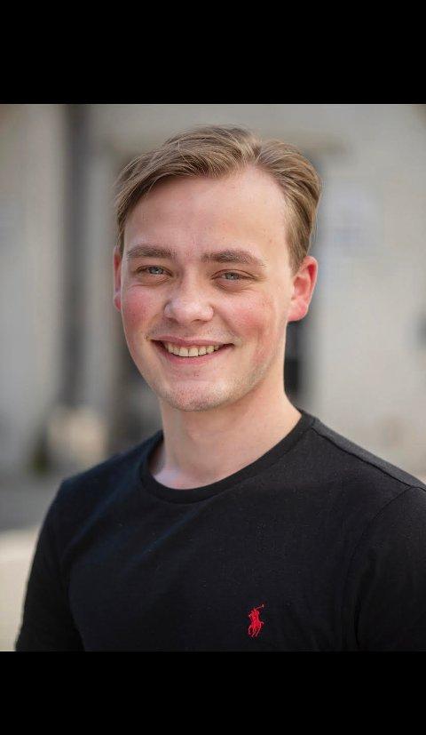 TAR TAK: - Mange ungdommer vet fortsatt for lite om hvilke krav de har som arbeidstakere, sier ungdomssekretær Martin Morken i LO Trøndelag - som leder årets sommerpatrulje.