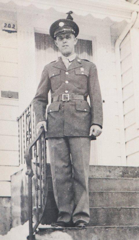 BLE 34 ÅR: Peter Aadland var 32 år da han vervet seg. To år senere ble han drept på den siste dagen av bataljonens første slag.
