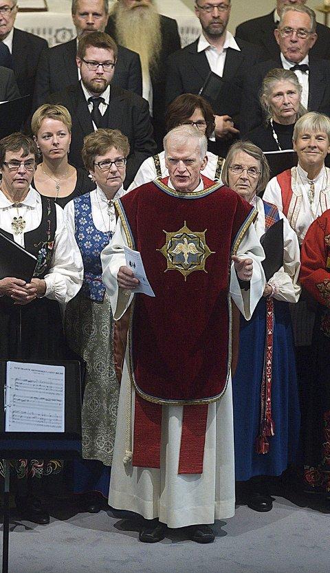 Kultur: Gudstjenester er også en kulturell opplevelse, sier presten. I Ås bruker de alltid å ha noen musikere som opptrer.