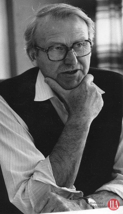 DØD: Dette bildet av Jan Martin Eriksen er fra mai 1989. han var da direktør ved Alcatel Standard Telefon- og Kabelfabrikk (STC).