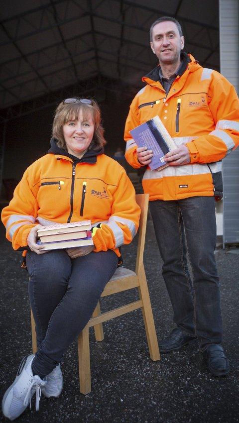 Holder lengre åpent: Kommunikasjonsrådgiver Kirsten Lundem og daglig leder Trym Denvik i ØRAS.