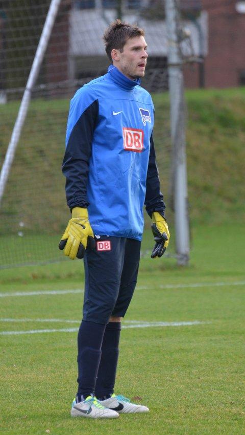 BLIR TROLIG I HERTHA: Rune Almenning Jarstein regner med at han blir værende i Hertha Berlin. FOTO: HERTHA BERLIN