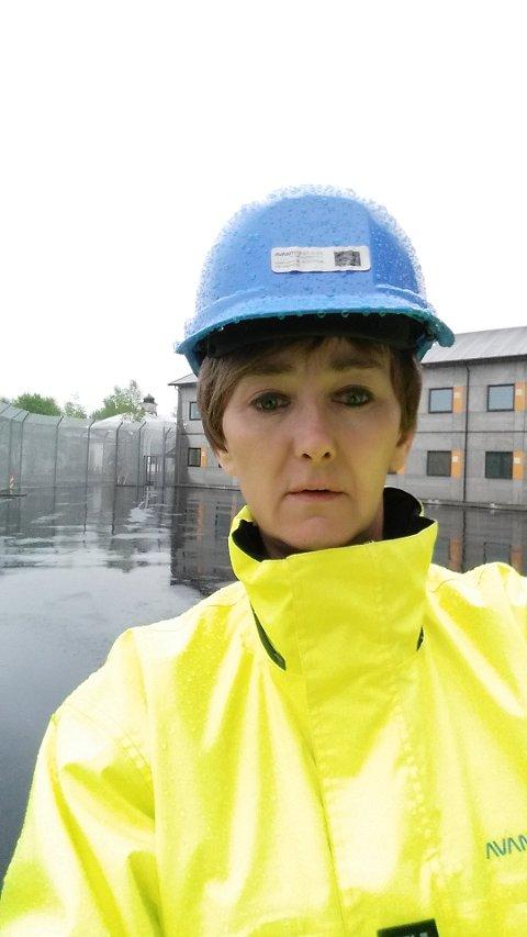 UENIGE: Prosjektleder Jannicke Bergh frykter at hun ikke skal få oppgjør for allerede utført arbeid på nye Eigerøy skole. Kommunen bestrider på sin side noen påslag som er gjort av Avanti Prosjekt.