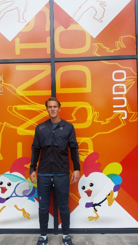 NY ERFARING: Her er judohåpet Kornelius Oliver Eilertsen, Sande, på plass i europeisk ungdoms-OL i Györ.