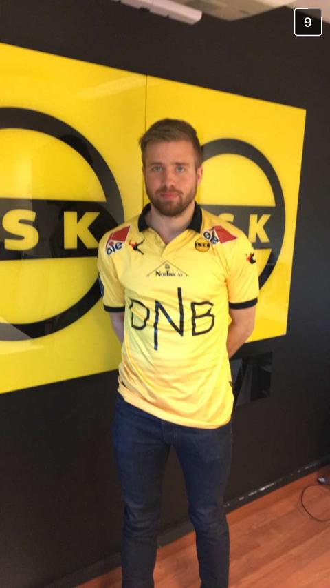 KLAR: Simen Rafn signerte mandag en toårskontrakt med Lillestrøm.
