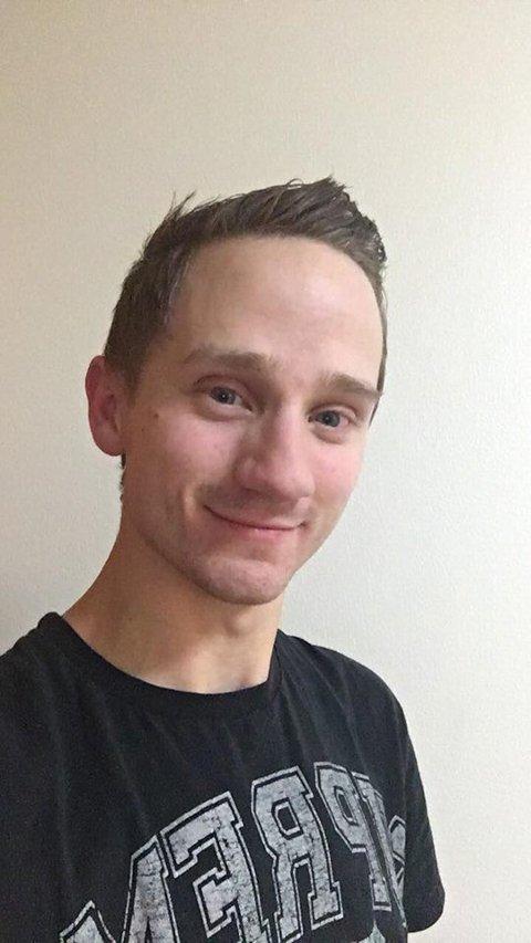 Drømmer om å leve av talentet: Erling Jaarl Forsaa (24) fra Evenskjer, håper å kunne leve av talentet en gang i fremtiden.