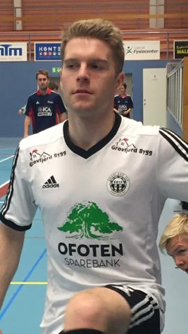 Espen Berthung scoret alle tre målene for Skånland mot Nordpolen.