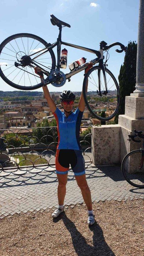 61 år gamle Berit Mala har syklet hele veien fra Oslo til Roma.