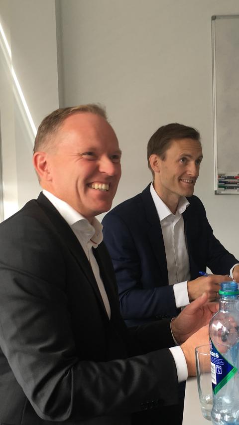NY HOVEDAKSJONÆR: Administrerende direktør i Sysco, Frank Vikingstad (t.v.) og managing partner i Credo Partners, Gudmund Killi.