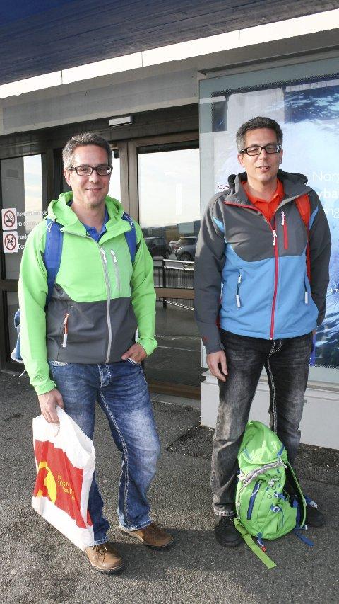Tvillingbrødre på tur:  Mattis og Niclas Karlsson trives med å reise på tur sammen.