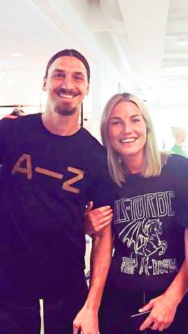 NÆRT: - Jeg ble litt flau etterpå, sier Tina Eliassen om møtet med Zlatan.