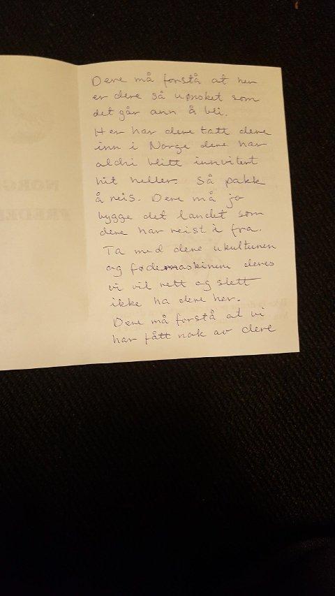Håndskrevet: Flere av brevene som var sendt med brosjyren er håndskrevet med hatefulleytringer.