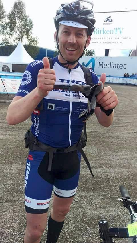 HARDHAUS:   For Kreftrammede Per Roger Bekken ble målgangen på Lillehammer i  Birken et følelsesladet øyeblikk.