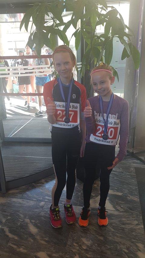 Gode løp: Lea Sankerud Haug (til høyre) og Malin Søtorp Solberg var godt fornøyd med sine resultater på 5 kilometer.