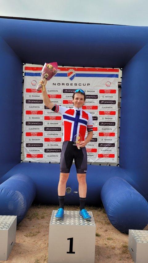 NORGESMESTER: Gabriel Slinger fra Svelvik ble norgesmester i sprint-NM på terrengsykkel.