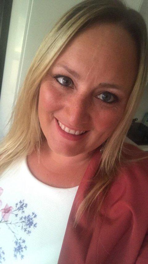 Vêret er ikkje så viktig for ungdomskoordinator på Radøy, Katarina Birkeland, for at ho skal få ein fin ferie. – Det handlar meir om opplevingar og samhald.