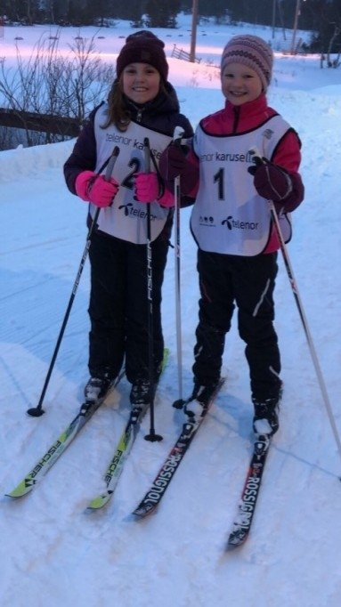 Hermine Larsson Andersson og Mari Eiriksdottir Oppedal er klare for start.