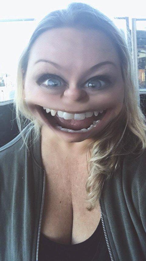 Tina: Slik hun ser ut når Tina Hermansen har lagt på Snapchat-filteret og spiller ut figuren i Tinas treningsblogg. Foto: privat
