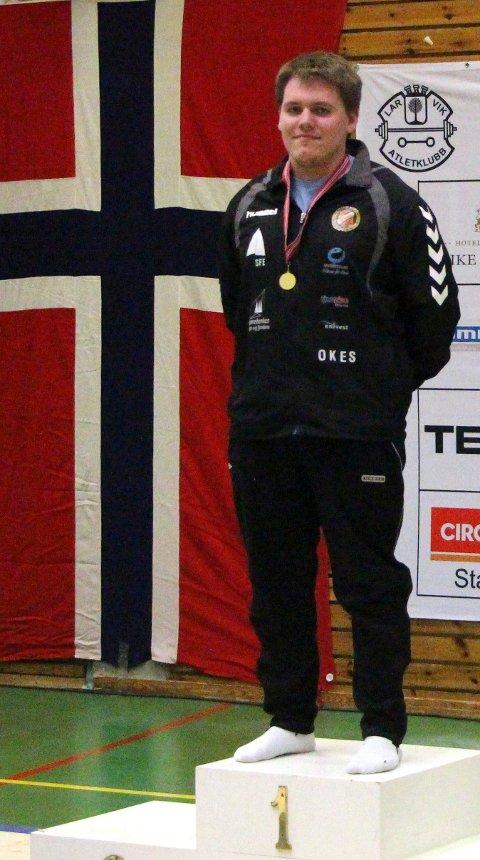 GULL: Ole-Kristoffer Sørland tok einaste gullet. Det tok han i klasse 105 kilo.